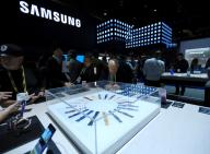 Competing with Apple, Samsung to expand its retail presence in US